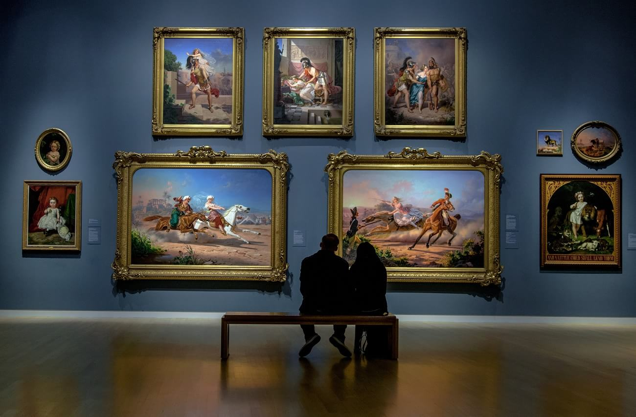 essay my visit art gallery Essays related to art museum visit and painting criticisms basically, a curator has been treated as the keeper of a museum or a gallery the association of art museum curators (aamc, 2007) identifies the curator as having a primary responsibility for the acquisition, care, display and.