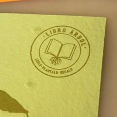 Книги, которые превращаются в деревья