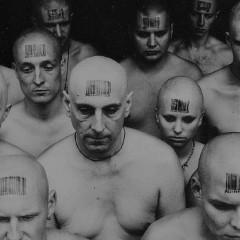 Биополитика Фуко: от рождения до тотального контроля