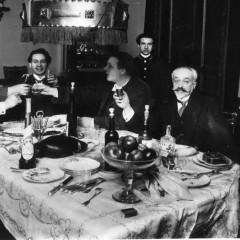 «Совершая обряд ерша»: как и что пьют русские писатели