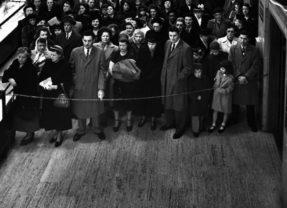 Потребление и отчуждение: 8 статей от философов, психологов и экономистов