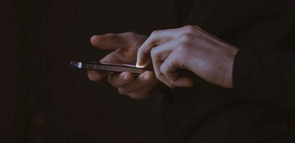 «Напишет — не напишет?»: как цифровое общение влияет на романтические отношения