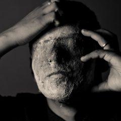 Не только алекситимия: тёмные чувства будут терзать нас до тех пор, пока мы не выразим их словами
