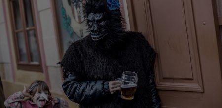 """Гипотеза """"пьяной обезьяны"""": как мы превратились из """"употребляющих"""" шимпанзе в выпивающих людей"""